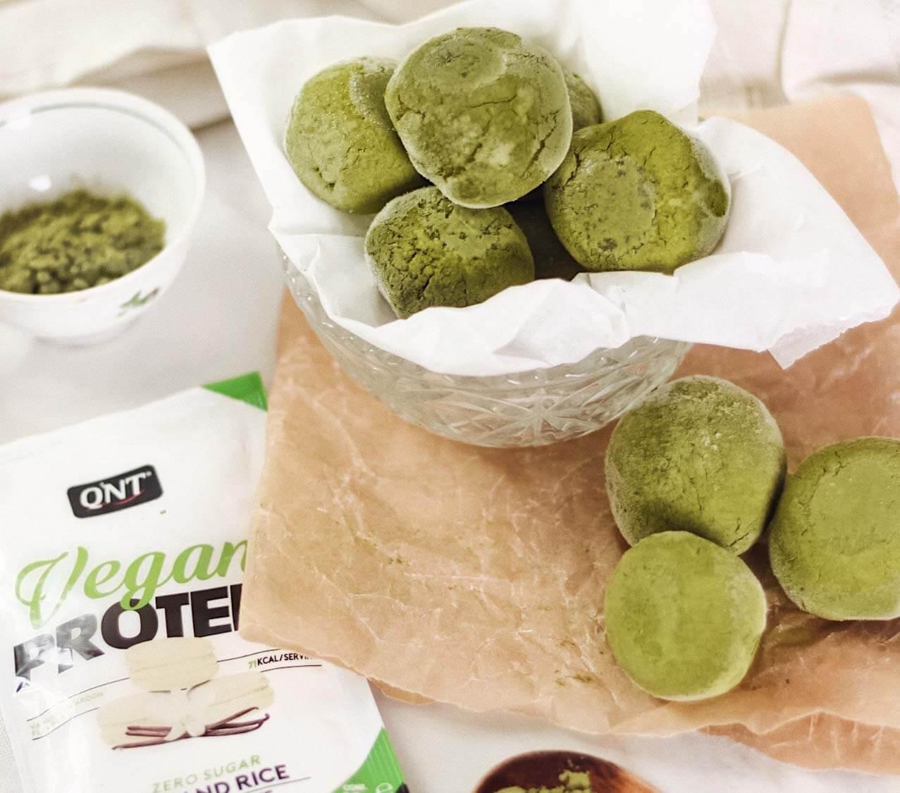 vegan-matcha protein mochis